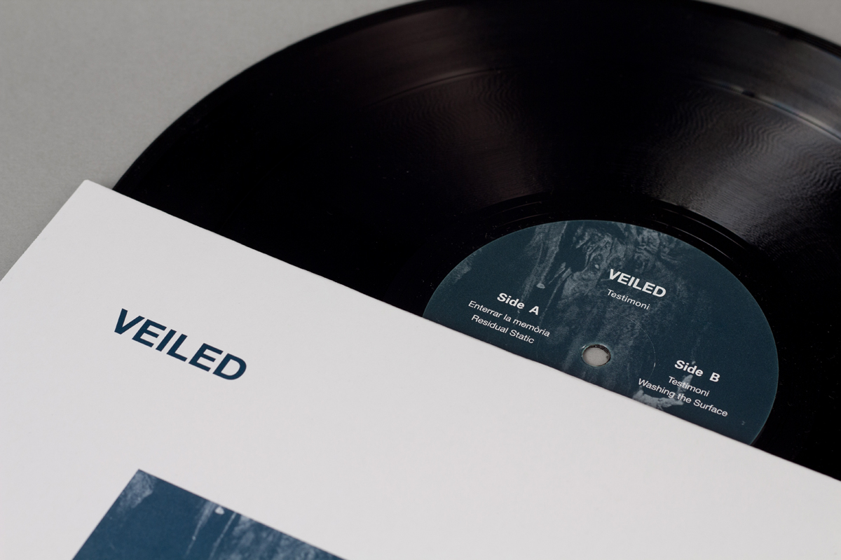 06-ANM011-veiled